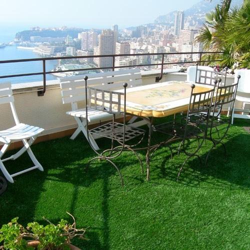 balkon beco kunstgras. Black Bedroom Furniture Sets. Home Design Ideas